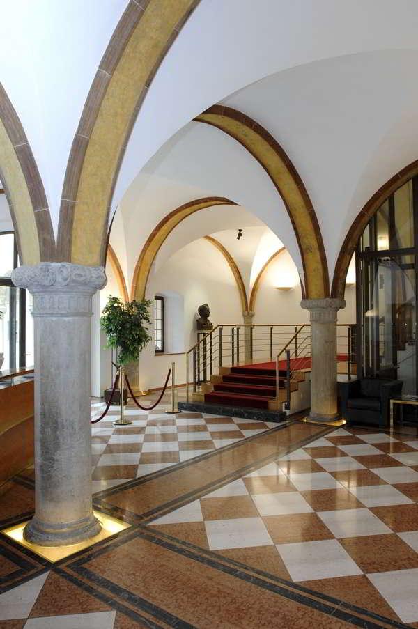 Fuggerbank Fürstenhalle